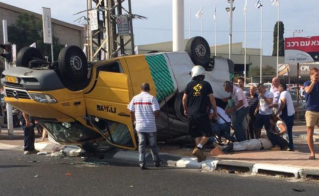 זירת התאונה, היום (צילום: חדשות 2)