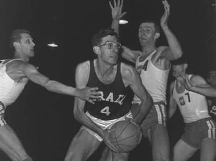 אבל בעולם הכדורסל הישראלי (צילום: ספורט 5)