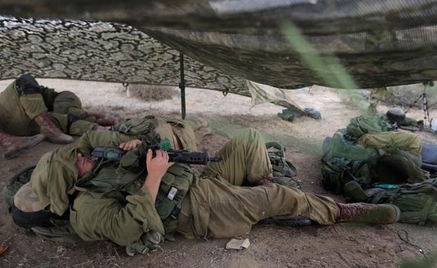 חיילים ישנים בשטח, ארכיון