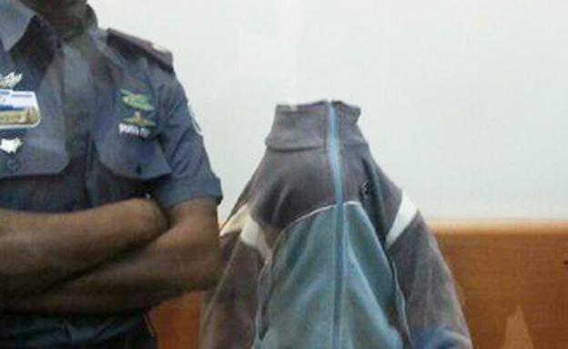החשוד באונס, היום (צילום: עזרי עמרם)
