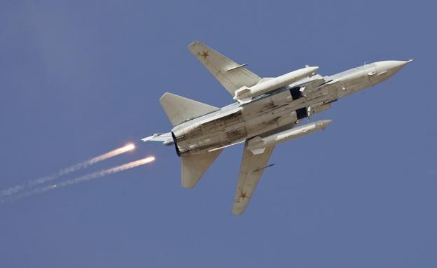 """""""דאע""""ש מאמן לוחמים במטוסי קרב"""" (צילום: רויטרס)"""