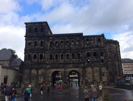 עובר כל גבול גרמניה - השער השחור (צילום: יובל ג'וב הרגיל)