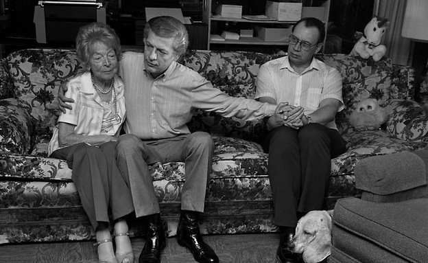 Gordon and Jim, with Gordon's mother Margot, San D (צילום: Sage Sohier 2014)