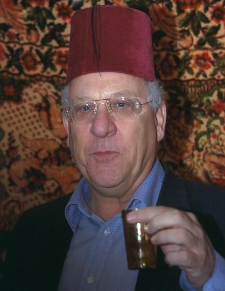 חוגג מימונה ב1999 (צילום: עמוס בן גרשום,לעמ)