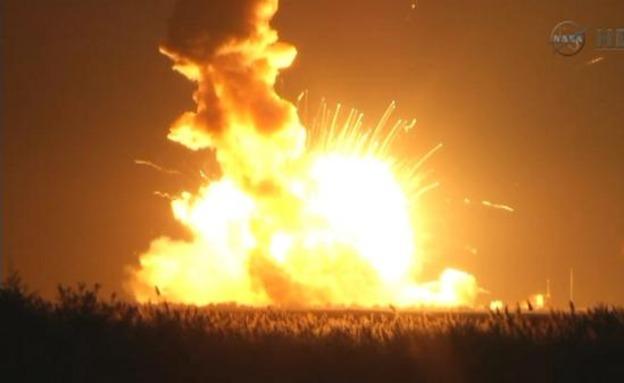 """הפיצוץ ארע שניות לאחר ההמראה (צילום: נאס""""א)"""