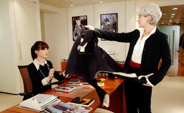 עוזרים אישיים - השטן לובשת פראדה  (צילום: Barry Wetcher באדיבות יס )