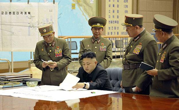 אפס סולבנות לתרבות מערבית (צילום: dailymail\Reuters)