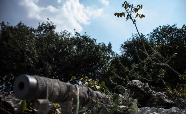"""אימון צלפים של יחידת אגוז (צילום: דובר צה""""ל)"""