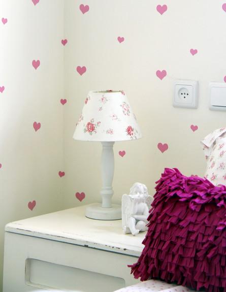 שדרוגים, קירות חדר הילדים מדבקות, עיצוב וצילום יעל (צילום: יעל יניב)