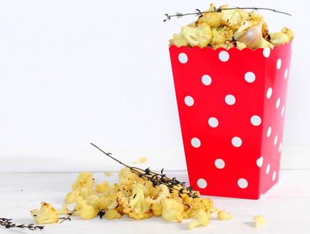 פופקורן כרובית (צילום: שרית נובק - מיס פטל, אוכל טוב)