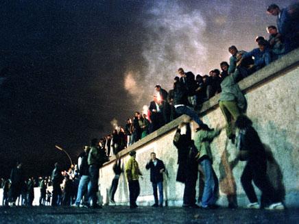חגיגות לרגל נפילת החומה, 1989.