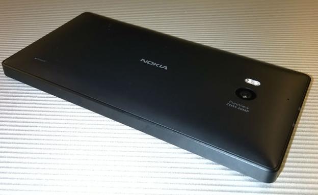Lumia930Back (צילום: יאיר מור, NEXTER)