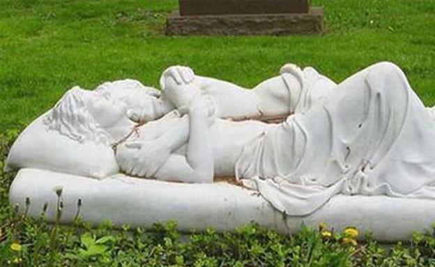 בתי קברות (צילום: Tumblr / Pinterest)