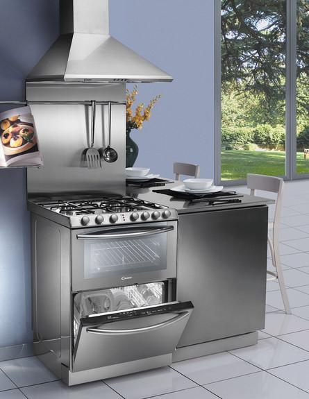 מטבחים 2015 מערכת בישול פרי סטנדינג המשלבת בין כיריים, תנור ומדיח (צילום: candy studio)