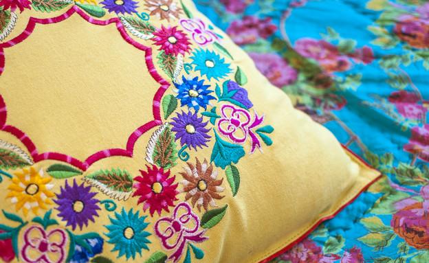 סגנון בוהמייני, טקסטילים בהשראה אורינטלית  (צילום: סיון אסקיו עיצוב מרב שדה)