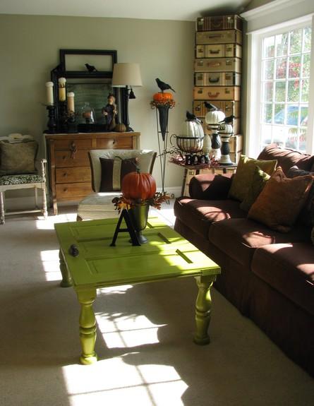 שולחנות קפה עשה זאת בעצמך, שולחן דלת (צילום: joysofhome.blogspot.co)