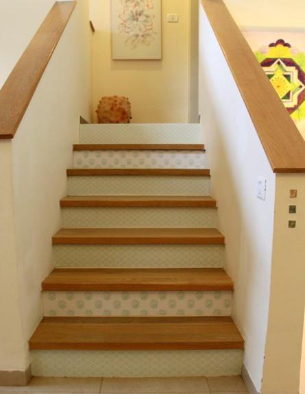 שדרוג בעזרת טפטים  גם העלייה במדרגות הופכת לחוויה