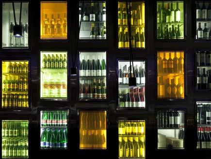 טאיזו מסעדה אווירה משקאות