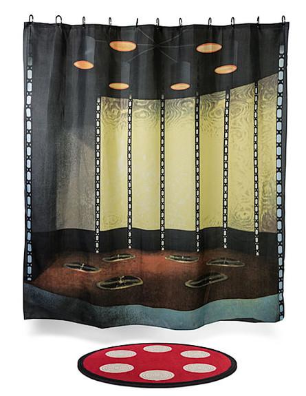 עיצוב גיקי, וילון ושטיח אמבטיה מסע בין כוכבים, 193
