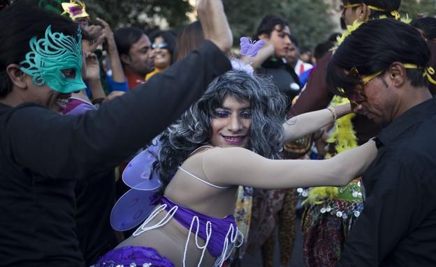 מצעד גאווה בניו דלהי (צילום: Sakchai Lalit | AP)