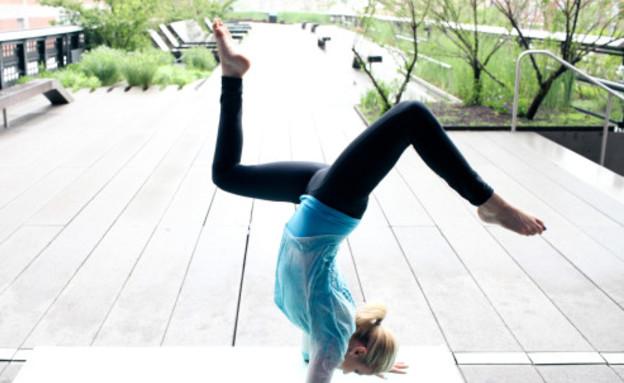 מכנסי יוגה ללא תחתונים (צילום: dear kate)