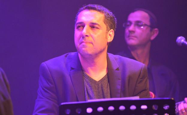 נדב ביטון בהופעה של דקלון וסגיב כהן (צילום: שרית - פריים טיים)