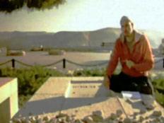 """""""הסיכוי קלוש"""". קופטש על קבר בן גוריון (צילום: חדשות 2)"""