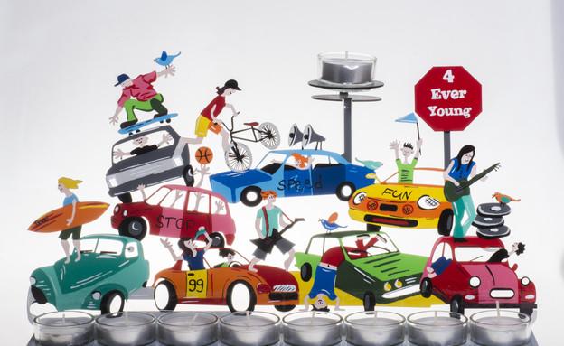 צוקי, חנוכיית מכוניות, 700 שקלים בגלריה זום. צילום (צילום: גל דרן)