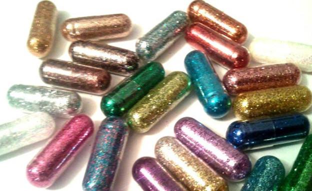 גלולות נצנצים (צילום: etsy - GlitterPills)