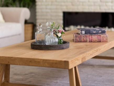 אורית דרום, שולחן סלון