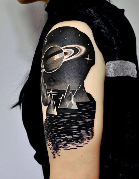 קעקועים מהחלל (צילום: boredpanda.com)
