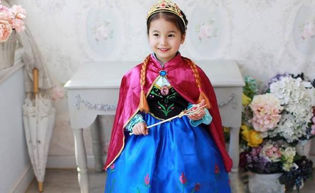 """הנסיכה אנה """"לשבור את הקרח"""" – החל מ-13 יורו כולל משלוח (64 ש""""ח) (צילום: ebay)"""