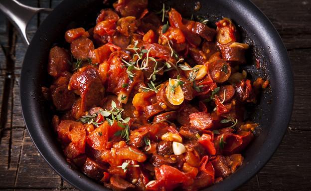 תבשיל עגבניות וקבנוס (צילום: אפיק גבאי, אוכל טוב)