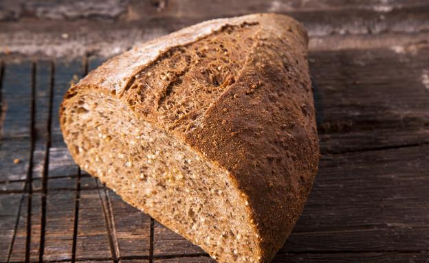 קמח מלא עם צ'יה ודוחן . הכי בריא שיש (צילום: אפיק גבאי, לאפות, לבשל, לאהוב)