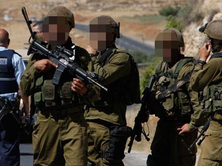 שניים מבין המתאבדים - חיילים בודדים (צילום: רויטרס)
