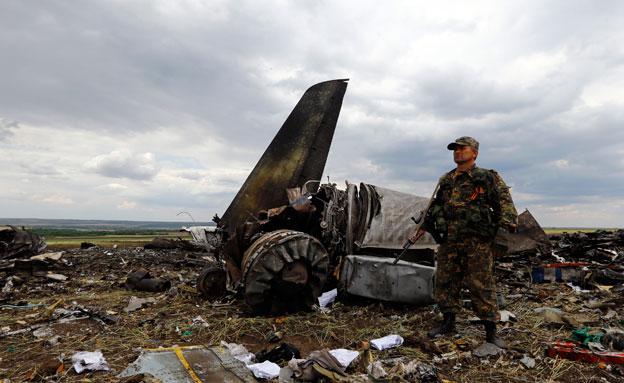 אתר התרסקות המטוס באוקראינה, ביולי השנה (צילום: reuters)