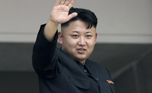 """""""לבצע שינוי גדול"""", קים ג'ונג און (צילום: AP)"""