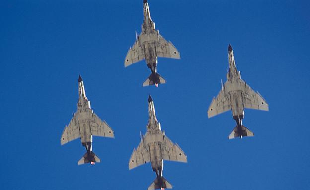 רביעיית מטוסים מסוג פנטום (צילום: אתר חיל האוויר)