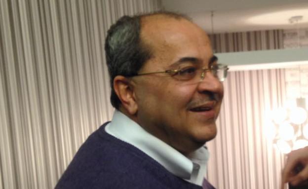 """אחמד טיבי בוועידת חד""""ש בנצרת. 3 בינואר 2015 (צילום: טל שניידר)"""