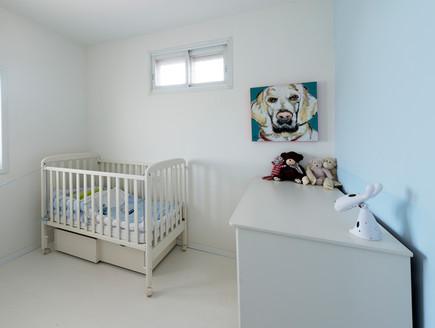 דלית לילינטל, חדר תינוק