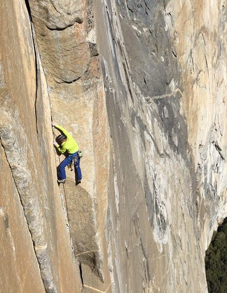 מטפסי הרים מדרון (צילום: facebook Tommy-Caldwell)