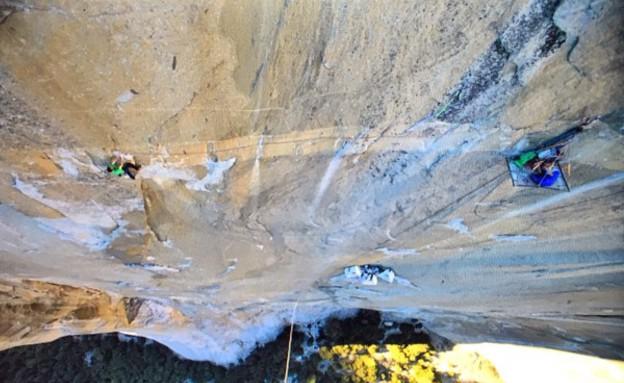מטפסי הרים מבט (צילום: facebook Tommy-Caldwell)