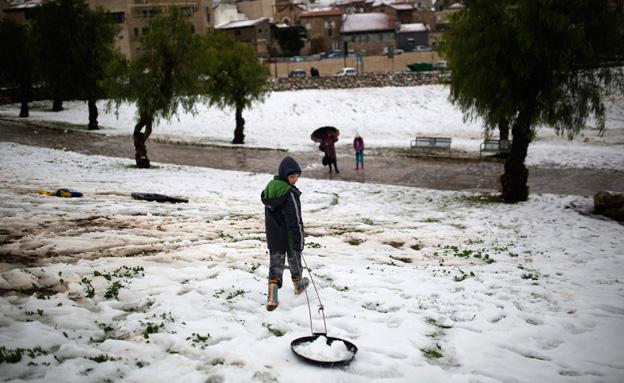 שלג בירושלים (צילום: רויטרס)