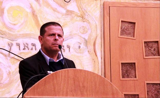 איתן כבל באירוע של מפלגת העבודה בבית דניאל בתל אביב (צילום: רן מלמד)