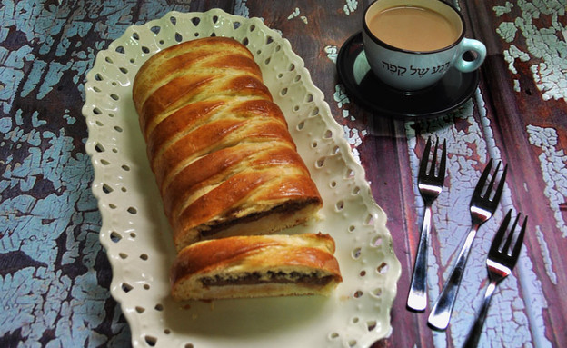 צמת שמרים שוקולד קוקוס (צילום: רות אופק, שמח במטבח)