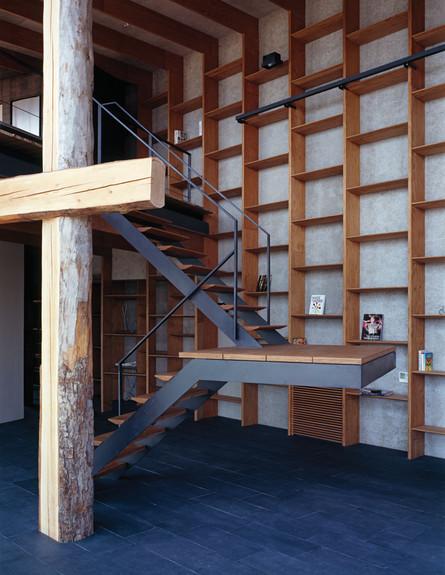 בית יפני, מדרגות (צילום: Ken'ichi Suzuki)