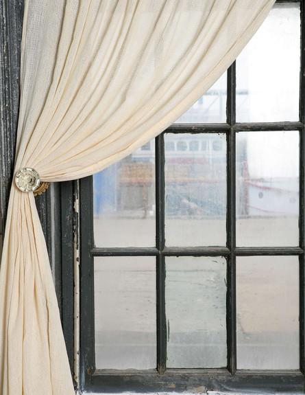 אורבן אאוטפיטרס,, ידית דלת. 20 דולר לזוג (צילום: Urban Outfitters)