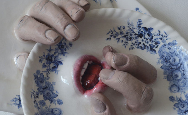 איברים בקרמיקה (צילום:  רונית ברנגה)