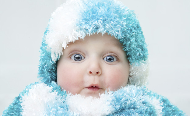 תינוק לבוש לחורף (צילום: אימג'בנק / Thinkstock)