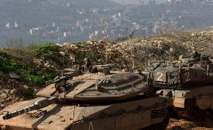 טנקים בגבול ישראל-לבנון (צילום: AP)